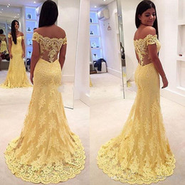 Wholesale Nude Boat Neck Dress - Luxury 2016 Lace Evening Dresses Yellow Mermaid Boat Neck Floor Length Appliques 2017 Sexy Long Cap Sleeves Dresses