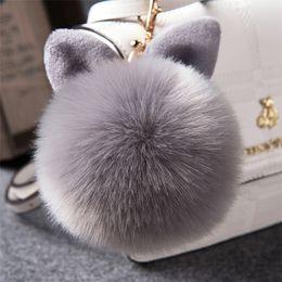 2019 al por mayor encantos de níquel 2017 Fur Pom Pom Llavero Fake Rabbit fur ball llavero porte clef pompom de fourrure pompón Bolsa encantos llavero conejito llavero