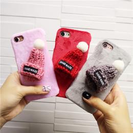 Canada DIY Mignon Chapeau Fuzzy En Peluche D'hiver Dur PC Téléphone Couverture Arrière Cas Pour iPhone 6 6S 7 Plus Téléphone Sacs Cas Offre
