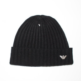 Wholesale Caps Hats For Women - 2017 Brand New Winter Autumn Beanies Hat Unisex Warm Soft Skull Knitting Cap Hats Star Caps For Men Women