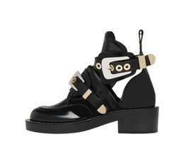 Wholesale Ankle Bootie Shoes - Summer New Hot Genuine Leather Ankle Boots Cutout Motorcycle Boots Sexy Belt Buckle Shoes Woman Riding Gladiator Bootie Flats