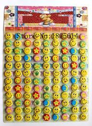 Botón divertido online-montón Sonrisa Face Star Moon Badges Pin en el botón Brooys Smiley Face Icons Sonrisa Open Eyes Insignia de diversión Sonrisa Regalo de niños Cute Bediter