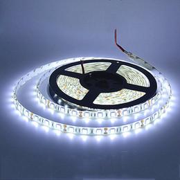 Levou luz fita branca on-line-2835 RGB led tira à prova d 'água 5 M 300 LEDs fita luminaria luz 12 V Car casa LED fita Branco Quente branco Azul Vermelho Verde luz