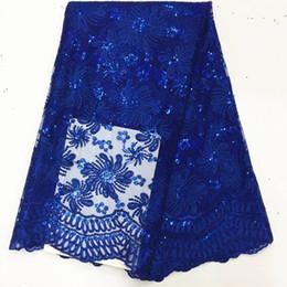 Vêtements africains de broderie en Ligne-5 y / pc broderie bleu royal populaire français net dentelle tissu à paillettes fleur dentelle africaine maille pour vêtements BN60-2