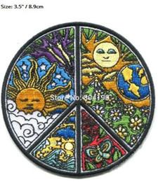 Hippie Peace Love Symbol Dan Morris Rock Punk coser apliques de hierro en parche ropa Chaleco de motor Parche sol luna tierra flor desde fabricantes