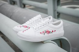 Wholesale Hard Walls - hot sell 2018 off AMAC X customs the wall embroidery men women rose Peach blossom casual shoes