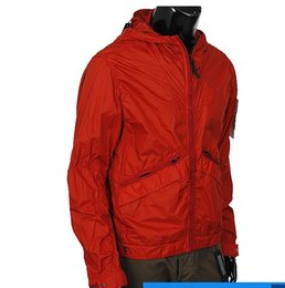 Wholesale Red Bombs - Fast delivery 2017 UK Sweden Italy South Korea Switzerland new autumn hooded men's jackets fall bomb jacket and outer frame ladle black red