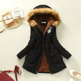 Искусственный мех подкладка женщин зима онлайн-Зима женская куртка повседневная верхняя одежда военная с капюшоном пальто зимняя куртка женщин шубы женские искусственного меха подкладка женские меховые куртки пальто