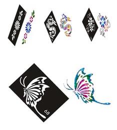 Dessins de peinture pour le corps en Ligne-Gros-500 Feuilles de Design Mixtes Pochoirs pour Body Painting Glitter Kit de Tatouage Temporaire en gros Livraison gratuite