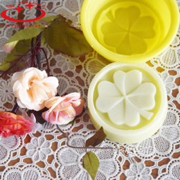 Wholesale Silicone Handmade Soap Eu - 1 pcs Four Leaf Clover Flower Cake Mold Silicone Handmade Soap Mold 3D Soap Molds DIY Crafts Mold Baking Tools