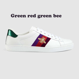 Wholesale Embroidery Lace Shoes - Genuine Leather casual shoes unisex Fshion embroidery Bees sneakers For more style please contact us model Bees