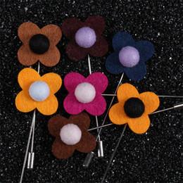 BoYuTe 10 Adet Mix Renkler Çiçek Broş Toptan Takım Elbise Aksesuarları için 24 Renkler Erkekler Moda Yaka Pin nereden