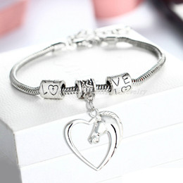 Wholesale Horse Bracelets Jewelry - Wholesale- Simple Horse Head 2016 Charm Heart Animal Alloy Charms Bracelets Bangle Women Men Fashion Jewelry Gift Bijoux Drop Shipping