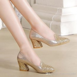 Wholesale Golden High Heels Free Shipping - WHOLESALER FREE SHIPPING 2017 the New England women's shoes sequins coarse documentary female diamond size code golden single shoe 239