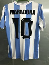 Wholesale Retro Versiyonu Dünya Kupası Arjantin milli takım ev Futbol formalar Messi Maradona AAA Gerçek Madird Futbol Gömlek