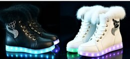 35-40 Luminous Light Up Mujer Alto Top Rabbit Fur blanco adulto Boot USB muchachas recargable Led Negro invierno Snow Shoes Navidad desde fabricantes