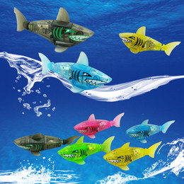 Wholesale Pet Fish Sharks - Wholesale- Bath toy Robo fish Activated Battery Powered Robot Fish Toy Happy Childen Kids Shark Pet 5 colors Christmas gift