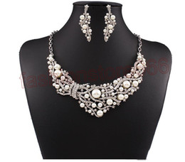 Wholesale Necklaces For Prom Dresses - New Fashion Pearl Necklace Earrings Bridal Jewelry Sets Brides Gold Plated necklace earrings jewelry for Wedding Prom Dress Accessories