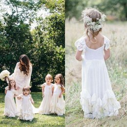 Wholesale Toddlers Dresses For Birthdays - 2017 Lovely Boho Flower Girls Dresses for Weddings with Lace Appliqued Cap Sleeves Lovely First Communion Birthday Dresses for Kids BA3467