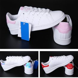 Wholesale 2017 hot cakes women men new stan shoes fashion smith sneakers casual leather sport running shoes cheap sports shoes sales