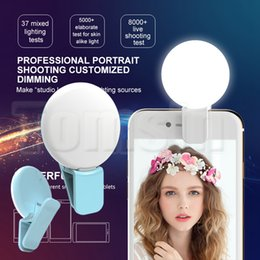 Wholesale Beauty Night Wholesale - Rechargeable RK17 LED Ring Selfie light Beauty Selfie Fill Light with Clip dimming Night light with USB Charging (Retail Package)