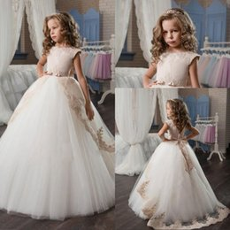 making sleeves for wedding dress with best reviews - Cap Sleeve Tulle Flower Girls Dresses For Weddings Ball Gown Lace Children First Communion Dress Sweep Train Pageant Gowns for Girls