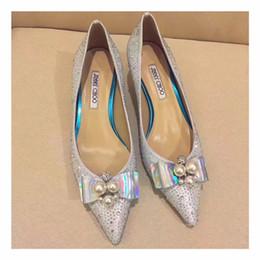 bolso de los zapatos de la boda del rhinestone del oro Rebajas 2017 Nueva Llegada Blanco Menta Verde Zapatos de Boda Estilete Fondo Rojo Punta estrecha Mujeres Bombas Para Mujeres Prom Zapatos de tacón alto