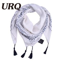 borlas de viscosa bufandas Rebajas Al por mayor- mujer bufanda cuadrada con borla Lady Soft viscose bufandas pañuelo grande con borla Mulsim hijab Hijab chal 2017 diseño de la marca