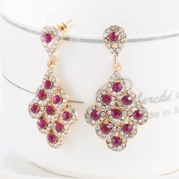 Wholesale Earing Vintage - Top Quality Drop Earrings Bridesmaids Jewellery Vintage Bordeaux Red Crystal Bridal Earing Wedding Earrings Earings Brinco