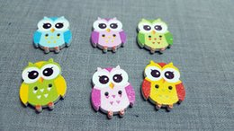Wholesale Wooden Owl Buttons - 500pcs Multicolor Wooden OWL Buttons Charms 2 Holes Sewing Craft Scrapbooking Cardmaking Hot DIY Home Decor DIY Cloth Accessories TY2166