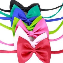 pajarita dhl Rebajas Pet Bow Tie Dog Bow Tie pequeño para traje de vestir Babero con corbata Corbatas para gato Accesorios de moda DHL Free