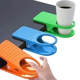 Wholesale Desk Drink Coffee - Wholesale- Office Table Desk Drink Coffee Cup Holder Clip Drinklip Coffee cup stand Mug Rest Mat- Color Random