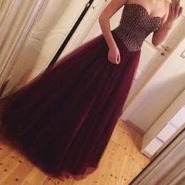 Wholesale Simple Short Bridesmaid Dresses Sweetheart - Fashionable 2017 Sweetheart Crystal Burgundy Prom Dresses Long Tulle A-line Vestidos De Baile Eveming Dress Cheap