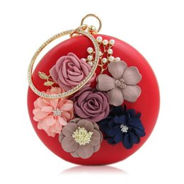 Wholesale Pear Phones - 2017 Fashion High Quality Round Imitation pears Bag Floral handbag with rhinestone crystals Bride Evening Bag Wedding Clutch Bags purse S548