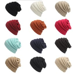Wholesale Cable Knit Beanie Hat Wholesale - Fashion men women hat Trendy Warm Oversized Chunky Soft Oversized Cable Knit Slouchy Beanie 12 color