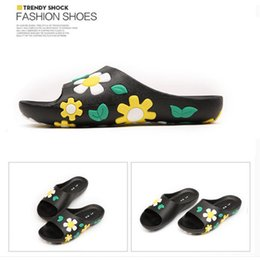 Wholesale Ladies Yellow Shoes - Woman 2017 Summer Slippers Sandals Holiday Beach Non-slip Shoes Indoor Beauty Flower Slides Slipper Loafers Sandal for Ladies