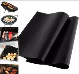 Wholesale Bbq Grill Mesh - 300pcs Barbecue Grilling Liner BBQ Grill Mat Portable Non-stick and Reusable Make Grilling Easy 33*40CM 0.2MM Black Oven Hotplate Mats