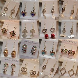 Wholesale Wholesale Round Earrings - Mix Order A Variety of Earrings Round Crystal Earrings For Women Silver Gold Plated Stud Earring New Fashion CZ Diamond Drop Dangle Earrings