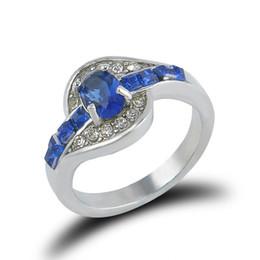2019 zircão de jóias de cristal coreano Anéis de safira para As Mulheres Nova Moda Jóias Sul-coreano Grande Coração de Cristal Azul Cubic Zircon Mulheres Anel de Casamento Jóias Artificiais zircão de jóias de cristal coreano barato