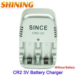 Vente en gros- Chargeur de maison de voyage de chargeur de batterie de 2 PCs CR2 pour la batterie rechargeable de lithium de CR2 ? partir de fabricateur