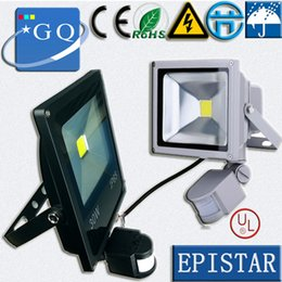 Luces de inundación con sensor de movimiento online-Al por mayor-50w 30W 20W 10W llevó la lámpara al aire libre de la luz de inundación Proyector PIR Sensor de movimiento Inducción de la lámpara LED Reflector luces del paisaje