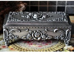 """Wholesale Pewter Jewelry Boxes - Statue decoration factory outlets size 7"""" Metal trinket box gift Pewter plated rose design jewelry box crafts"""