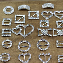 Wholesale Party Chairs China - Rhinestone Crystal Heart Digital 8 Round Buckles Brooches Invitation Ribbon Chair Covers Slider Sashes Bows Buckles Wedding Supplies Jewelry