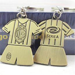 2020 badge della squadra di calcio Commercio all'ingrosso 30 Pz / lotto 8 squadre possono scegliere l'Italia distintivo portachiavi calcio souvenir moda casual metallo AC Milan portachiavi di calcio badge della squadra di calcio economici