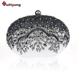 Wholesale Ivory Pearl Wedding Handbag - Wholesale- New Ladies Hand-beaded Evening Bag Fashion Diamond Pearl Oval Clutch Tote Wedding Party Bridal Handbag Wallet Women Shoulder Bag