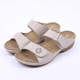 Wholesale Square Flip Flops - HEYIYI Women Shoes Casual Rome Slippers Sewing Square Heels Leisure Summer Floral Hook&loop PU Patent Leather Light-weight Shoes