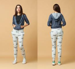 Wholesale Peplum Xxl - 2017 New Winter Women's Fleece Brand Jackets Outdoor Casual Warm Ladies Windproof Bomber Jacket Gray Size S-XXL Hoodies & Sweatshirts FS0998