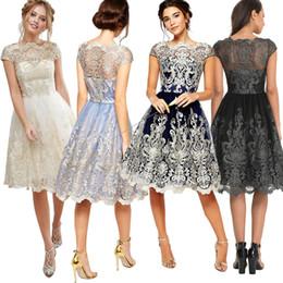 L'Europe et les États-Unis éclatent le réseau de la robe fine broderie robe rétro robe sexy en dentelle S-XL. ? partir de fabricateur