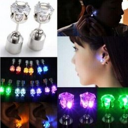 Wholesale Led Stud Lights - 1PCS Best Gift LED Stud Flash Earrings Hairpins Strobe LED Earring Lights Strobe LED Luminous Earring Party Magnets Fashion Earring Lights