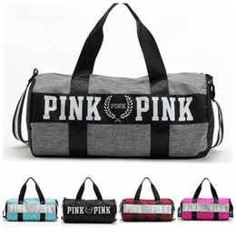 Wholesale Large Pink - Vs Pink Duffle Bag Pink Letter Travel Business Handbags Beach Shoulder Bag Large Capacity Striped Waterproof Bags OOA2763